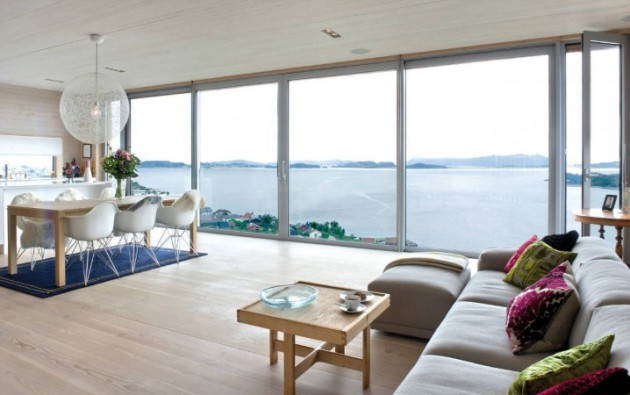 15 Delightful Interiors With Floor To Ceiling Windows