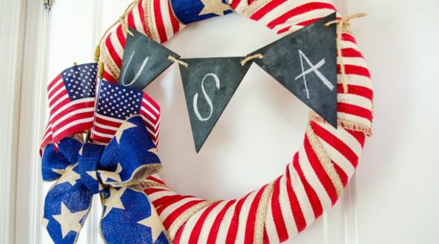 17 Impressive DIY Patriotic Wreath Ideas