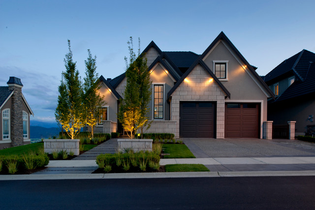 17 classic traditional home exterior designs you 39 ll adore - Traditional home plans and designs ...