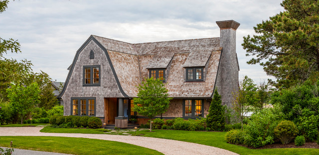 17 Classic Traditional Home Exterior Designs You'll Adore