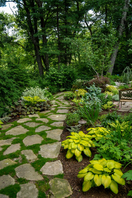 17 Marvelous Traditional Landscape Designs That Will Make Your Garden Sparkle