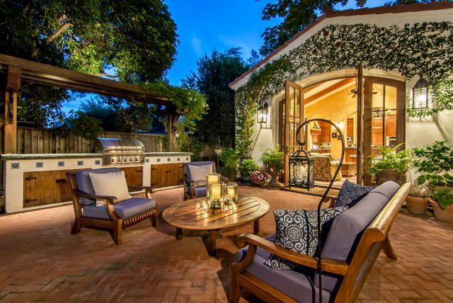 18 Charming Mediterranean Patio Designs To Make Your Backyard Sparkle