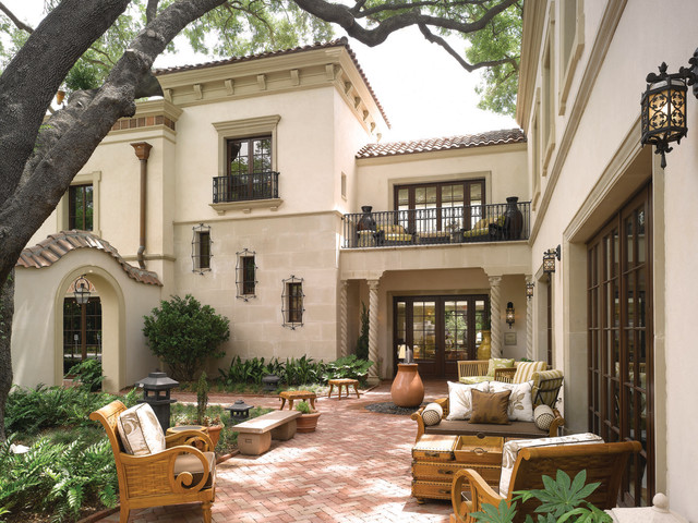 18 charming mediterranean patio designs to make your Old world house plans courtyard