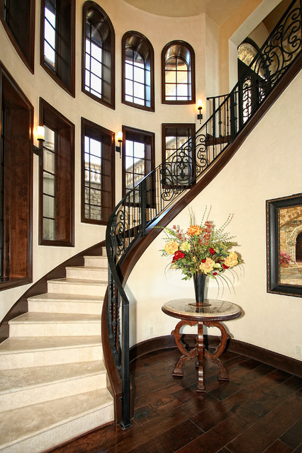 22 Stylish Mediterranean Staircase Designs To Spice Up Your Hallway With