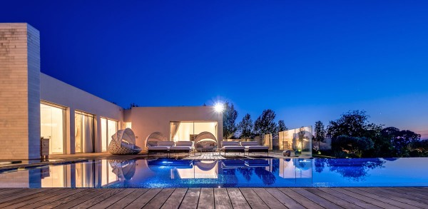 7 Of The Most Astounding Luxury Villas By Gal Marom Architects