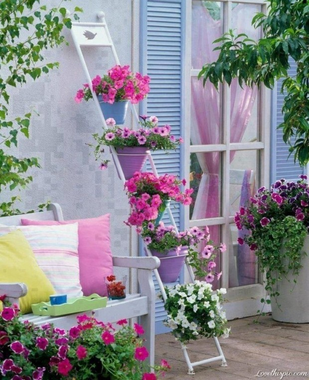 15 Incredibly Attractive Ideas That You Can Apply In Your Garden