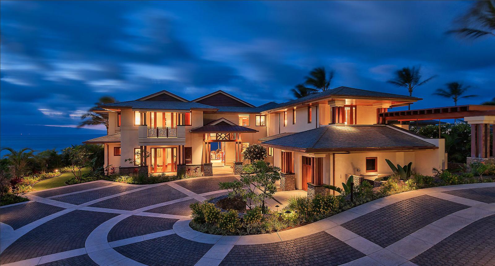 10 Attractive Beach House Design Ideas That