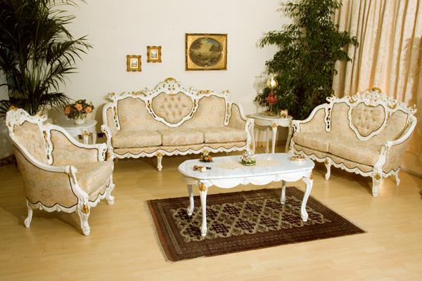 17 Timeless Antique Living Room Design Ideas