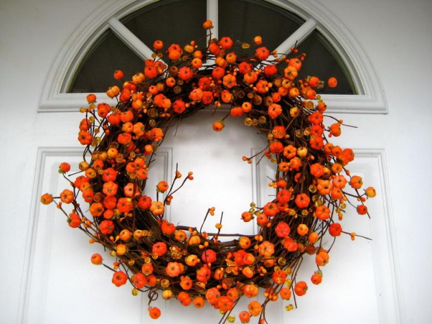 17 Gorgeous Fall Wreath Designs To Beautify Your Front Door
