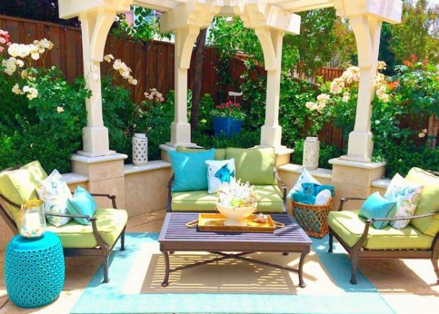 17 Ideas How To Make Colorful Outdoor Space on Colorful Patio Ideas id=87024
