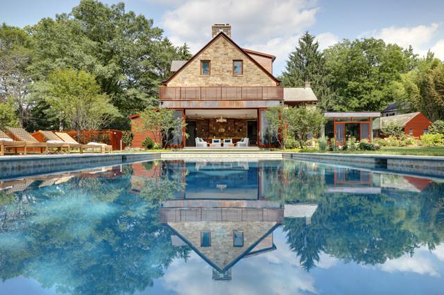 15 Sensational Rustic Swimming Pool Designs That Will Take