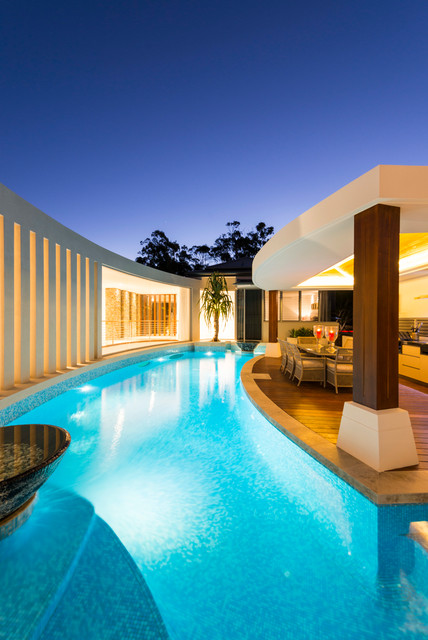 16 Spectacular Contemporary Swimming Pools That You Ll
