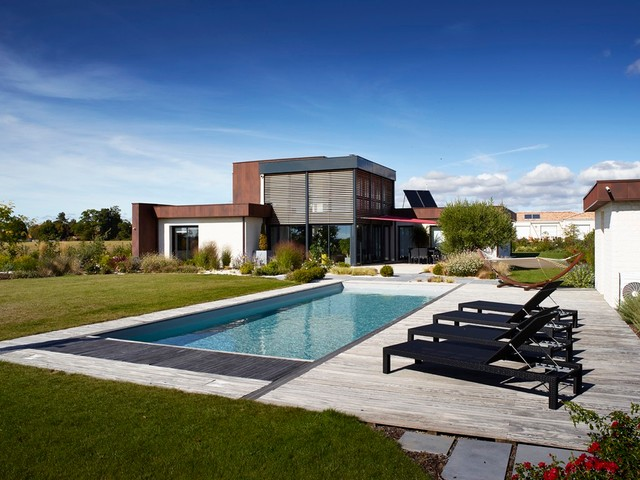 16 Spectacular Contemporary Swimming Pools That Youll Wish To Have Right Now