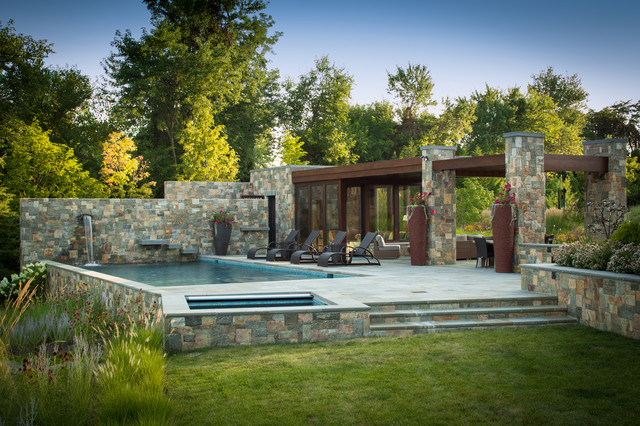 16 Spectacular Contemporary Swimming Pools That You'll Wish To Have Right Now