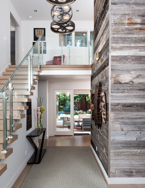 16 Welcoming Contemporary Entry Designs