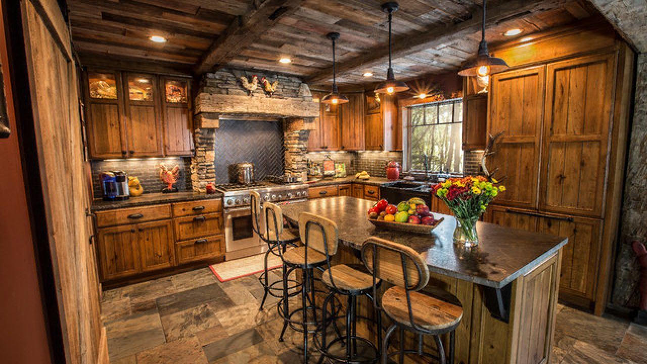 18 Exceptional Rustic Kitchen Designs You\'ll Enjoy Cooking In