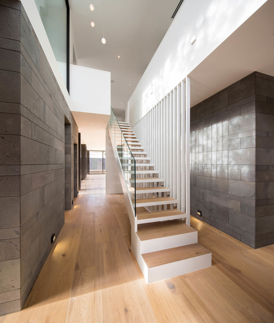 19 Splendid Contemporary Staircase Designs You're Going To Fall For