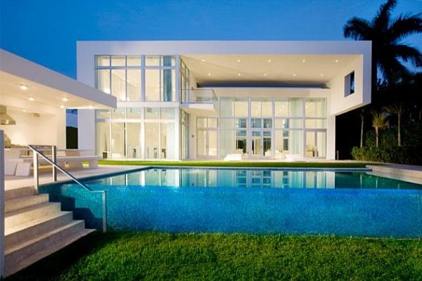 14 Astonishing Contemporary Exteriors With Amazing Swimming Pool