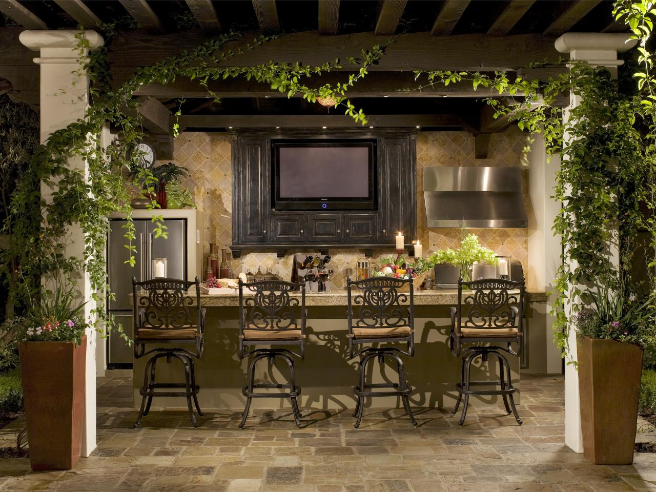 12 Fascinating Outdoor Bar Design Ideas on Bar Patio Ideas id=97741