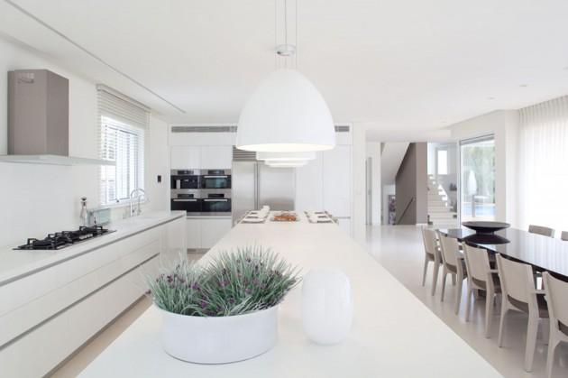 19 Pure White Interior Design Ideas