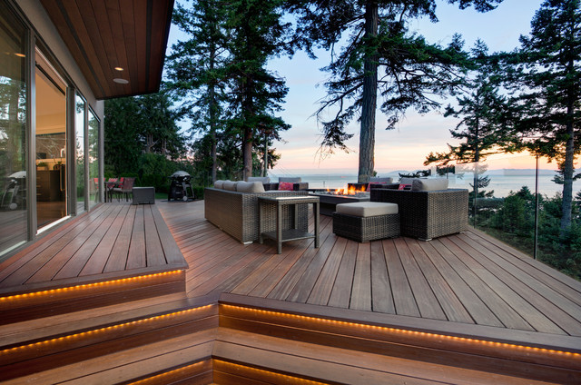16 Outstanding Contemporary Deck Designs That Can Take Care Of Your Backyard