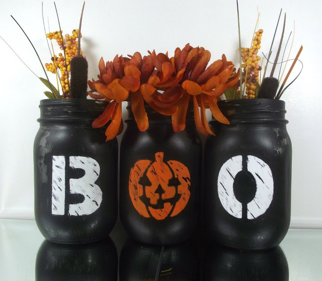 17 Scary Handmade Halloween Mason Jar Decorations With