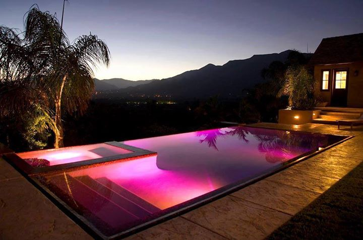 & 15 Attractive Swimming Pool Lighting Ideas