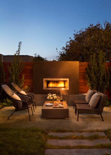 7 Outdoor Accessories To Winterize Your Backyard