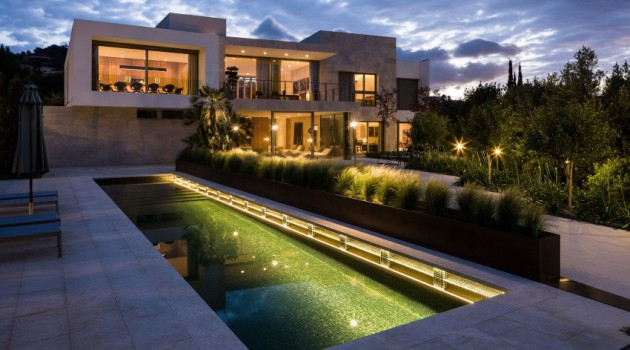 14 Fabulous Contemporary Houses That You Will Want To Live In