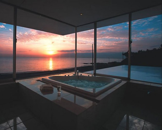 17 Fascinating Bathrooms With Astonishing Views Part 35
