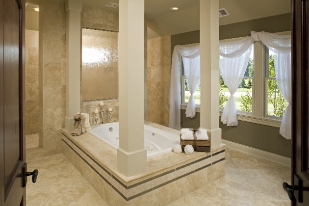 17 Glamorous Dream Bathrooms That Will Leave You Breathless