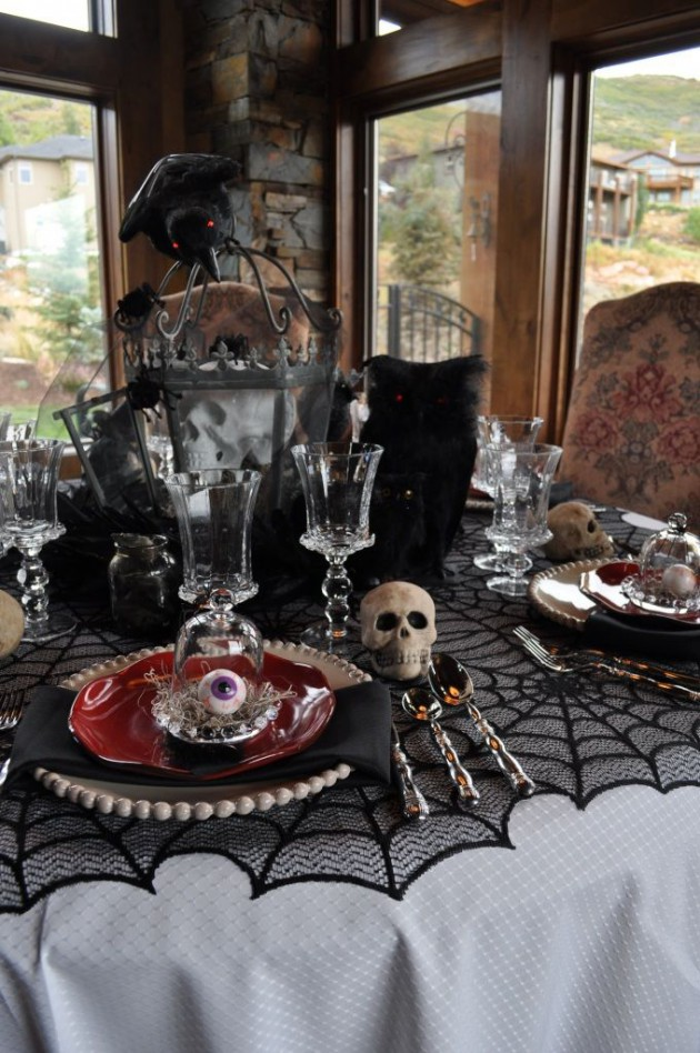 15 Creative Halloween Table Decor Designs To Impress Your Guests