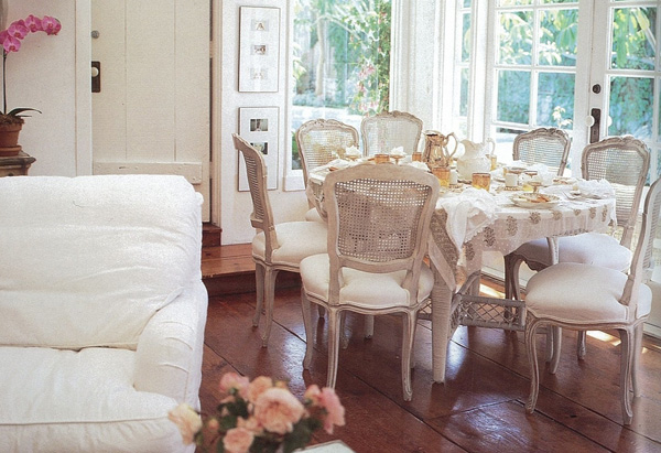 19 Astonishing Shabby Chic Interior Design Ideas