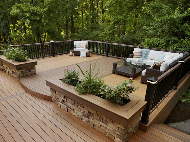 17 Charming Rustic Deck Design Ideas