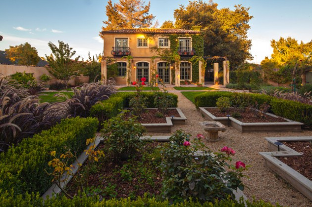17 Opulent Mediterranean Landscape Designs Are The Daily