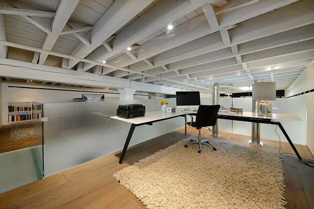 12 Magnificent Attic Home Office Design Ideas