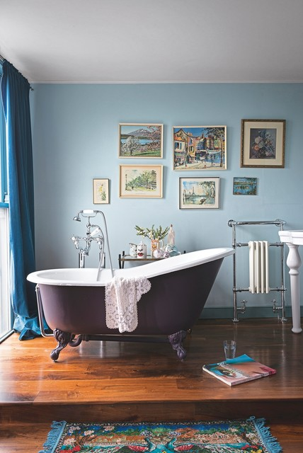 17 Colored Bathtub Designs To Enter Freshness In The Bathroom