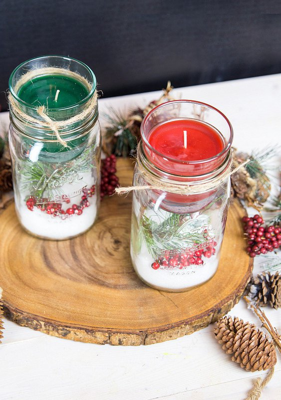 19 Delightful DIY Christmas Candle Holders