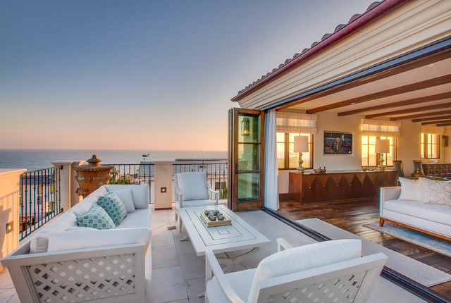Home Design: 15 Incredible Mediterranean Deck Designs To Complement