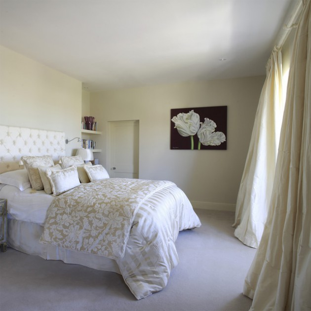 Cream Bedroom Decor: 21 Beautiful Feminine Bedroom Ideas That Everyone Will Love