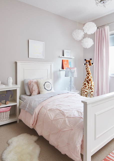 16 Cheerful Traditional Kids' Room Interiors Designed For Entertainment