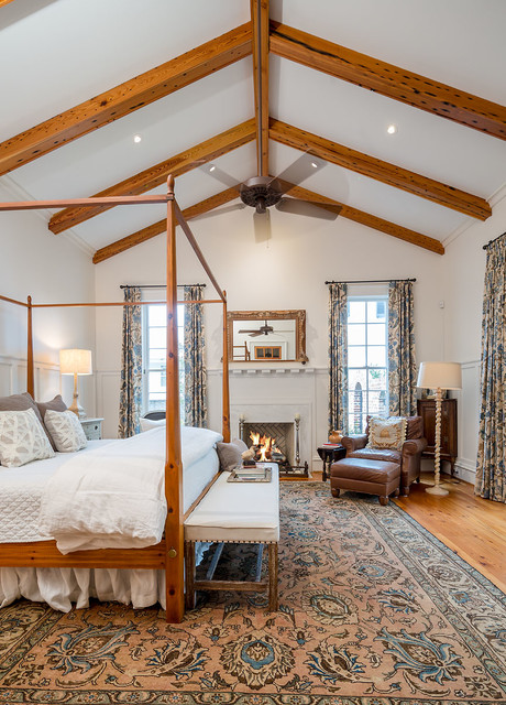 16 Sophisticated Traditional Bedroom Designs That Provide The Perfect Escape