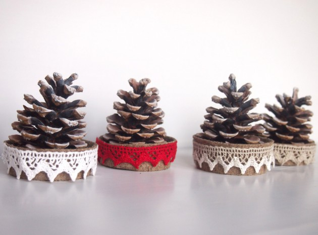 18 Magical DIY Christmas Decoration Ideas Taken From Handmade Designs