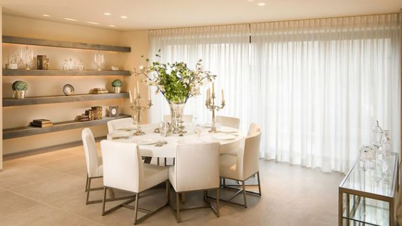 15 White Round Table Design Ideas For Extravagant Look Of ...