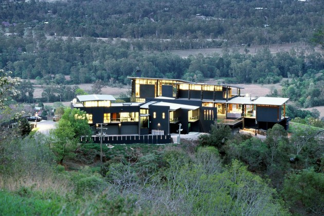 Contemporary House In Mount Nebo
