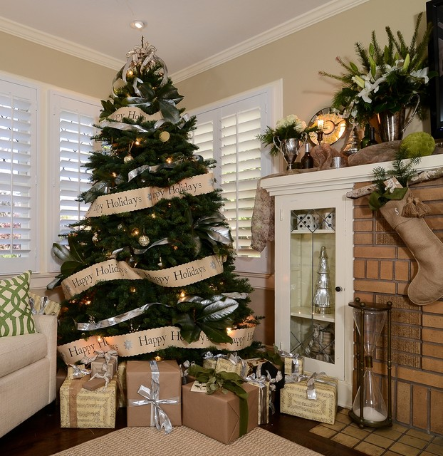 Where To Set Your Christmas Tree?- 15 Practical Solutions