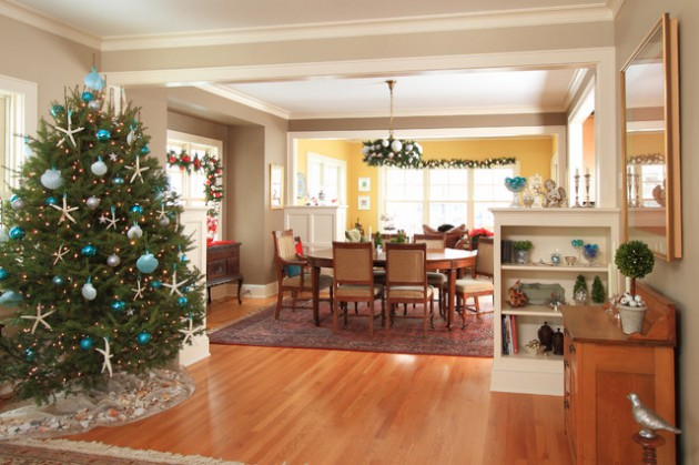 Where To Set Your Christmas Tree? 15 Practical Solutions