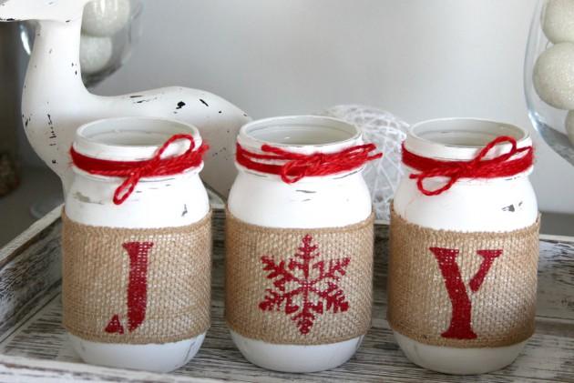 16 Enchanting Handmade Christmas Table Decor Ideas