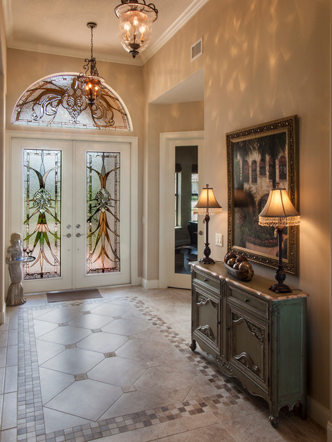 16 Irresistible Traditional Entry Hall Designs You Can Get