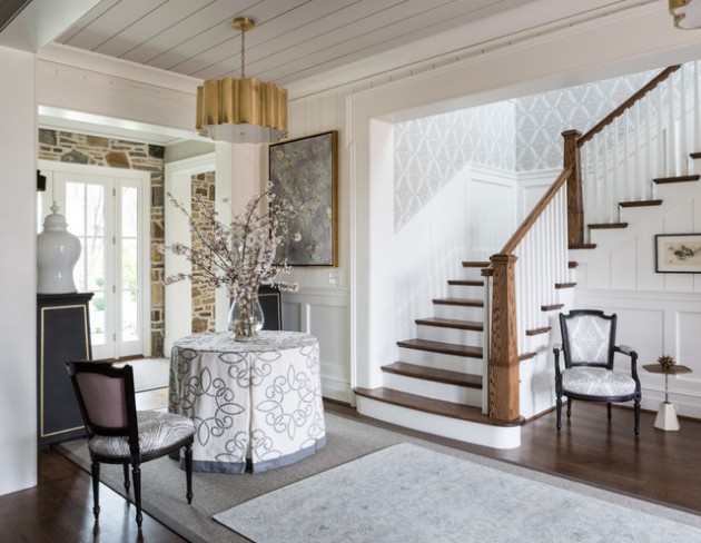 16 Irresistible Traditional Entry Hall Designs You Can Get Ideas From